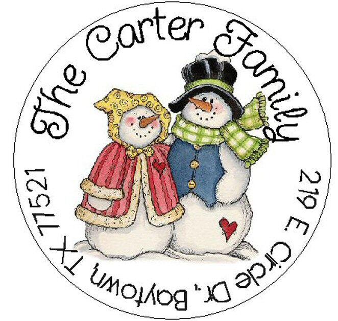 CUTE SNOWMAN COUPLE -  Round Return Address Labels