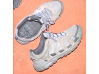 Mens Trainers size 11 used - Hi Gear