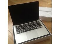 Apple MacBook Pro, A1502, 13.3 in retina/2.6 Ghz/8gb/128gb SSD, Mint barely used, AppleCare included