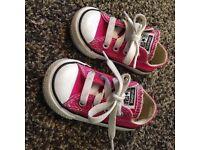 Pink toddler converse size 4