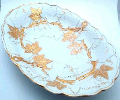 Meissen Grape Leaf Porcelain Bowl - 19th Century - High Carat Gilt