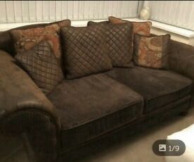 Chesterfield handmade sofa 3 to 4 seater