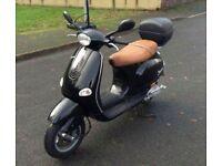 2002 Vespa ET4 125cc moped