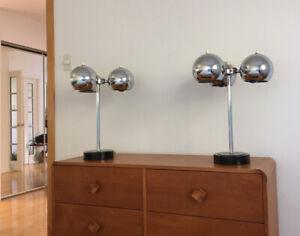 """Deux lampes de table spoutnik années """"60."""