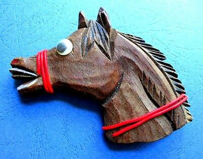 VINTAGE 1940'S GOOGLE-EYED CARVED WOODEN HORSE PIN