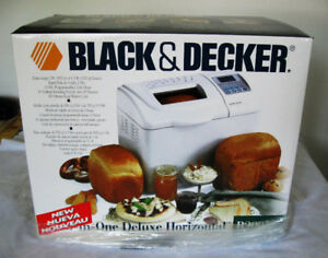 MACHINE a FAIRE du PAIN/ BLACK&DECKER b2005 BREAD MAKING MACHINE