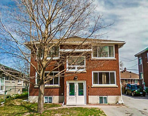 Close to University of Carleton Renovated 4 bedroom main level
