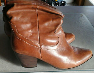 NEW PRICE-Western cowboy boots