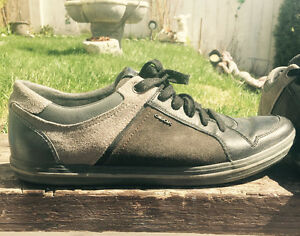 Leather Geox shoes for male