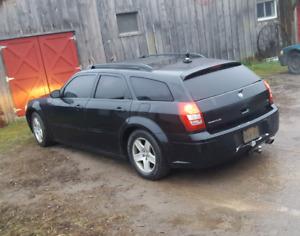 2005 Dodge Magnum Sxt (x2)
