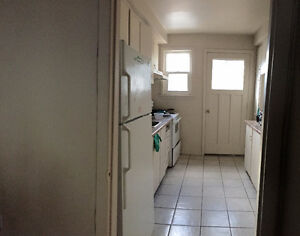 Student Rental at 336 Westcourt Place Kitchener / Waterloo Kitchener Area image 2