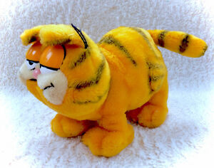 Rare 1980s Garfield Plush Stuffed Plushie Orange Kitty Cat Kitte