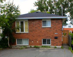 INVESTMENT OPPORTUNITY! 4PLEX IN POPULAR RENTAL AREA!