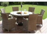 £350 ovno 6 seater table, chairs and parasol