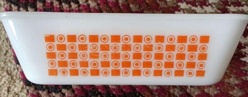 1960s Vintage Glasbake 1.5qt Milk Glass Loaf Pan 522 - Orange Circles & Squares