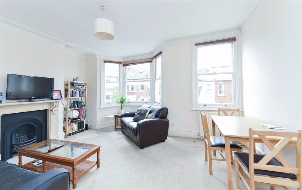 Modern Spacious Rare Three Double Bedroom Property Located In The Heart Of West Hampstead