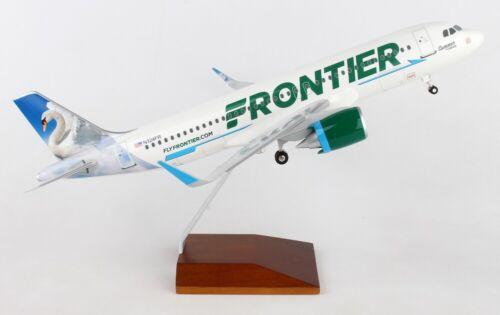 Skymarks SKR8361 Frontier Airbus A320neo Swan Desk Display 1/100 Model Airplane