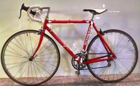 AMERICAN CLASSIC SCHWINN-434 ROAD BIKE IN RED (PERFECTLY WORKING-VERY GOOD CONDITION)