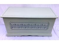 Ottoman/Bedding box