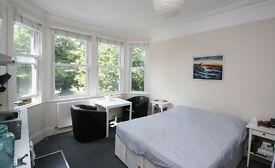 A lovely first floor studio overlooking Ealing Common BILLS INC.