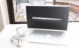 MacBook Air 11-inch Mid 2011 1.6GHz i5 4GB RAM 128GB SSD