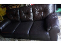 BROWN LEATHER 3 SEATER AND 2 SEATER SOFAS VIEWING WELCOME QUALITY NOT GOOD ON 2ND PHOTO 49.99 ONO
