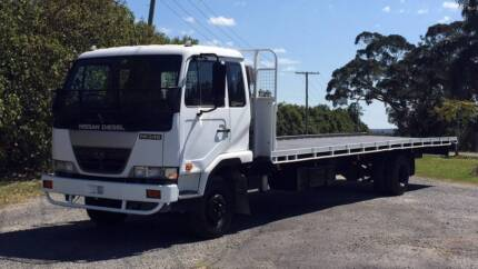 04 UD Nissan Diesel MK245 Flat Tray Truck Yatala Gold Coast North Preview