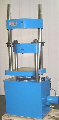 120k 600 Kn Satec Instron Hvl Tensile Compression Force Tester Reconditioned