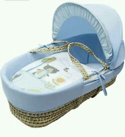 Kinder valley blue Tiny Ted moses basket : brand new in sealed packs. 10 sold. 2 lift in stock.