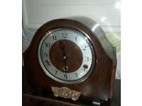 Vintage 8 day mechanical mantle clock