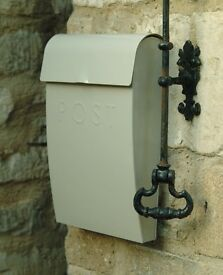 Vintage Style Post Box with Lock