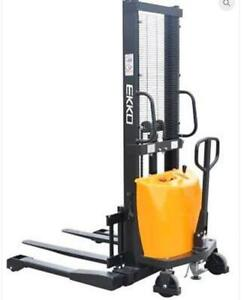EKKO EA15D Semi-Electric Straddle Stacker 3300lbs. Cap., 138 Height