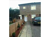 my 2 bed for your 2/3 need buckinghamshire