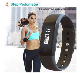 Fitness Activity Tracker Pedometer Bracelet Sports Tracker Watch - No App Needed