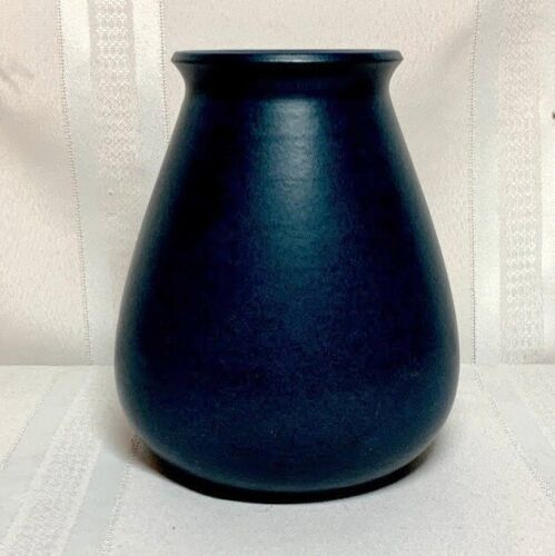 MARBLEHEAD POTTERY, LARGE BLUE TAPERED SWOLLEN FORM, VERY NICE, SUBSTANTIAL~~~