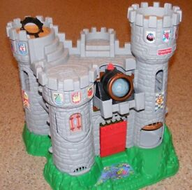 Vintage 1994 FISHER PRICE CASTLE with cannon, drawbridge and dungeon.
