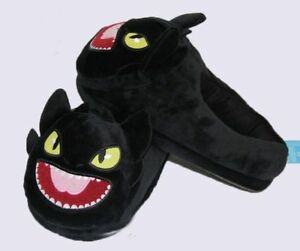 Toothless slippers Brand New!!!/ Pantoufles Krokmou Neuf !!!