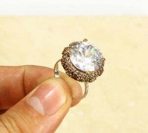 Beautiful Topaz 925 STERLING SILVER RING SIZE 7.5