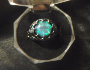 Lady's Blue and Green Opal 925 Silver Wedding Ring Size 7