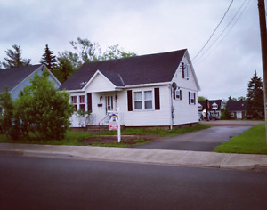 Room for rent close to everything in Dieppe!
