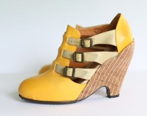 Fluevog Shoes :  Pindown Farrahs in Mango - sz 8 Worn Once