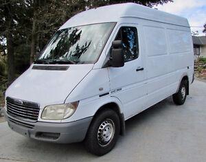 2003 Mercedes-Benz Sprinter Van 2500 Minivan, Van