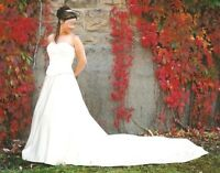 ANGOLIQUE BRIDAL COLLECTION - WEDDING DRESS