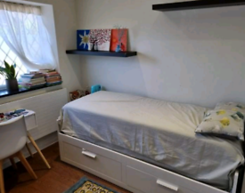 DOUBLE ROOM TO LET -CANTERBURY