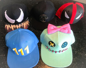 **FIVE YOUTH SNAP BACK HATS FOR SALE**