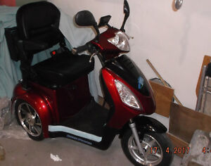 tricycle GREEH POWER 2016 ROUGE