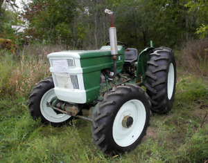 Oliver 1255 4x4 Farm Tractor - Exc. Condition Low Hours