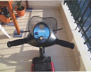 Phoenix 3 Wheel Heavy Duty Scooter by Drive Medical London Ontario image 3