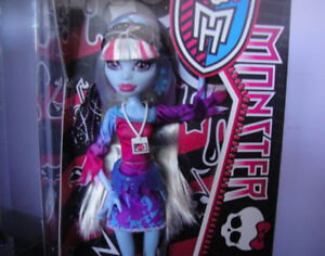 Monster High Abby Bominable Doll 2012 MINT NRFB