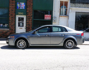 2005 Acura TL 6 Speed Manual Safetied and etested Ready to go !!